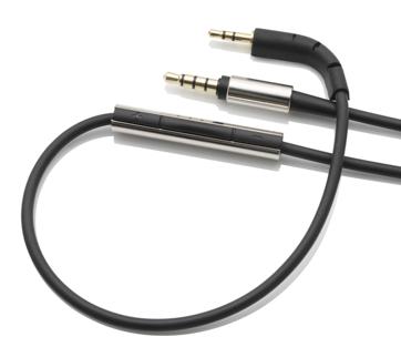 Auch ein iPhone-Kabel gehört zum Lieferumfang des Bowers & Wilkins P7