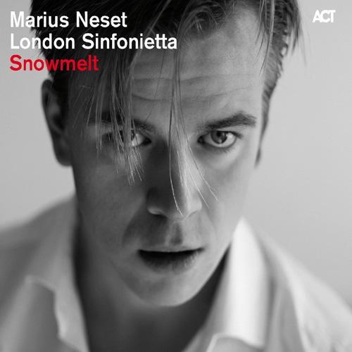 Mit Snowmelt legt Marius Neset ein interessantes Album vor, das sowohl zwischen als auch mit Klassik und Jazz oszilliert