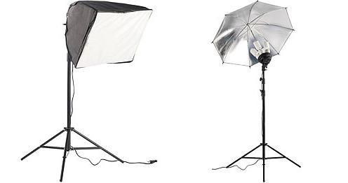 Zwei Fotolampen mit Softboxen – wahlweise auch mit Reflektorschirm –sorgen für lichte Momente