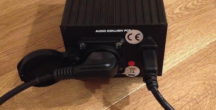 Audio Exklusiv Powerdconditioner PCD 1  mit einfachen Stromkabeln