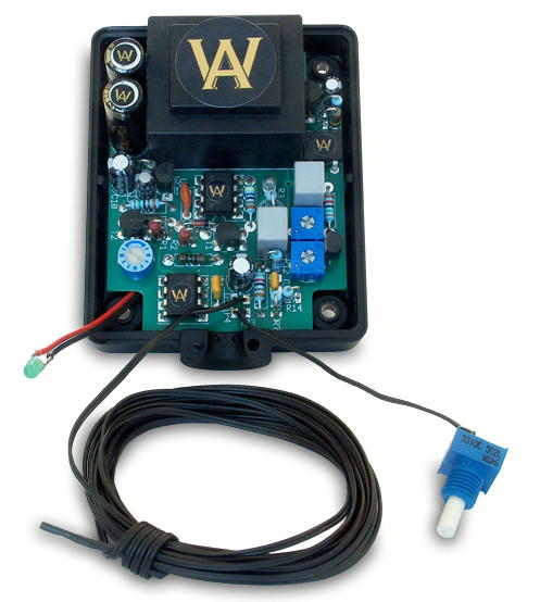 Kemp Elektronik spendieren ihrem Schumann Resonanz Stecker WA Quantum Chips im Innern.