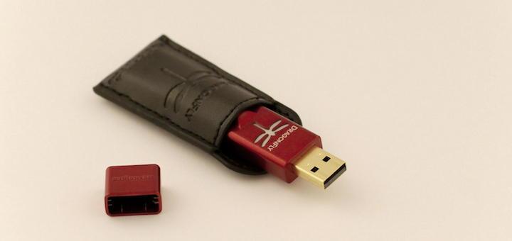 Geschützt: Der Audioquest DragonFly Red kommt mit  Tasche und Kappe