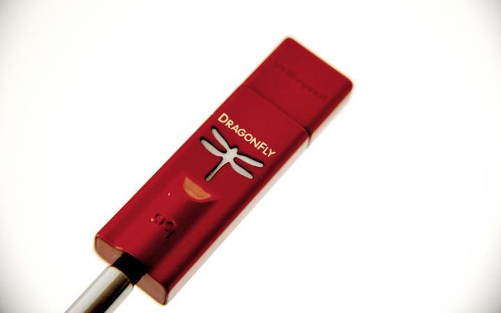 Bringt Musik zum Schweben: Der portable USB-DAC Audioquest DragonFly Red