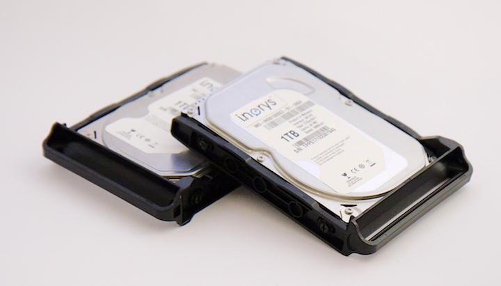 Bell IT spendierte für den Test zwei Festplatten der Hausmarke i.norys mit je 1 TB