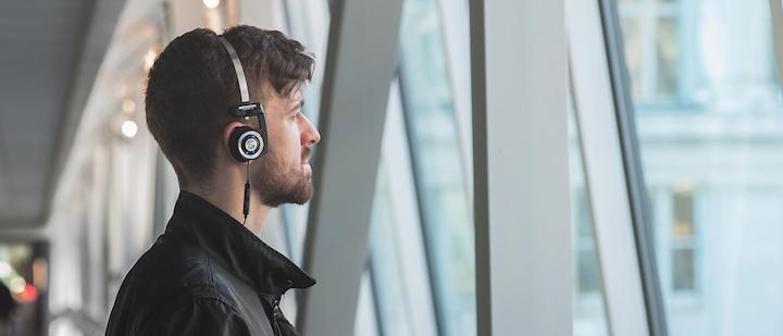 Leicht, bequem und trotzdem mit druckvollem Spiel präsent: der Koss Porta Pro Wireless